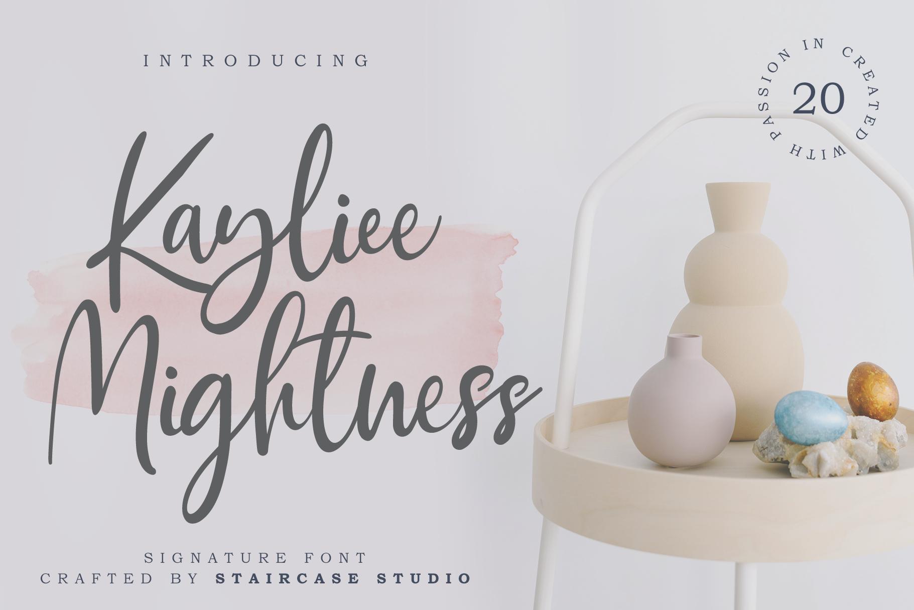 Kayliee Mightness Italic